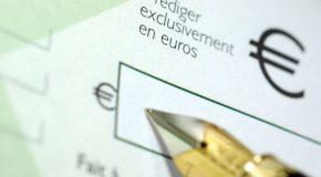 Refus de paiement par chèque opposé à une personne en  raison de son lieu de résidence.